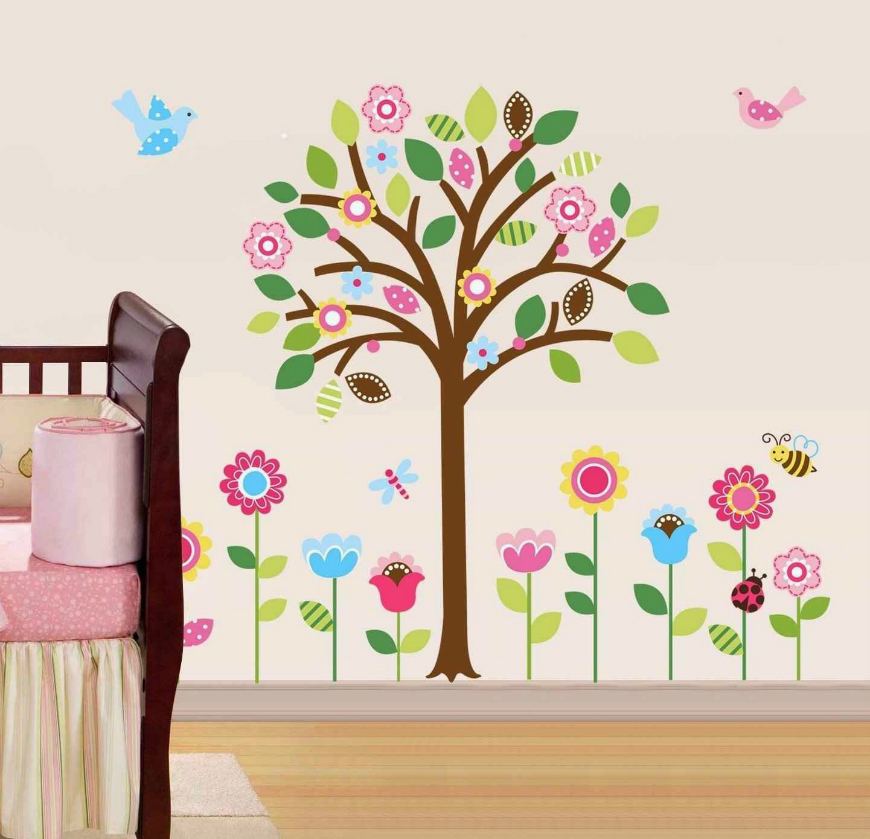 Magic Wallpapers That Will Brighten Your Kids Room ➤ Discover the season's newest designs and inspirations for your kids. Visit us at kidsbedroomideas.eu #KidsBedroomIdeas #KidsBedrooms #KidsBedroomDesigns @KidsBedroomBlog