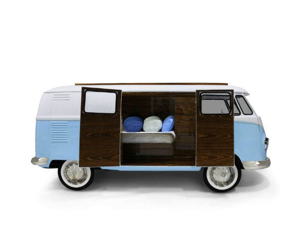 Kids Bedroom Furniture: Awesome Van Shaped Beds for Boys Room ➤ Discover the season's newest designs and inspirations for your kids. Visit us at www.kidsbedroomideas.eu #KidsBedroomIdeas #KidsBedrooms #KidsBedroomDesigns @KidsBedroomBlog