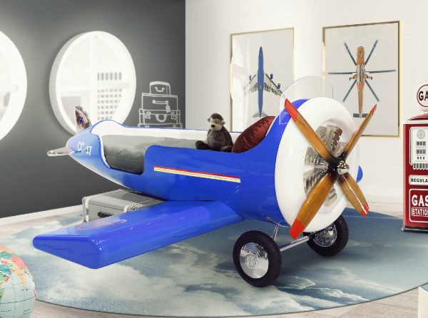 Discover The New Aviator-Themed Bedroom By Circu ➤ Discover the season's newest designs and inspirations for your kids. Visit us at www.kidsbedroomideas.eu #KidsBedroomIdeas #KidsBedrooms #KidsBedroomDesigns @KidsBedroomBlog