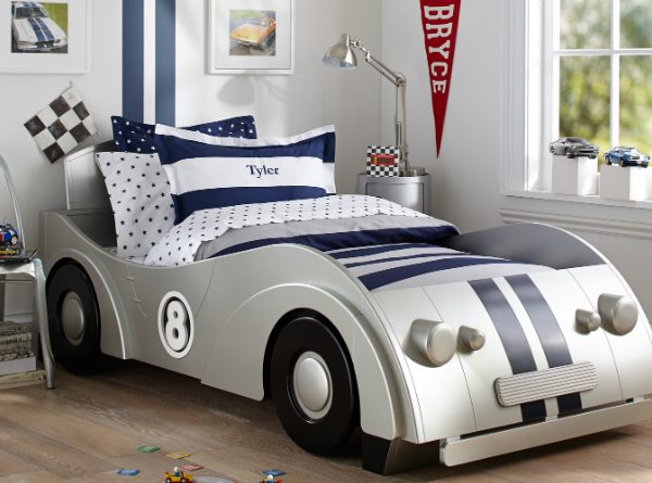 Fantastic Car-Themed Bedrooms For Boys ➤ Discover the season's newest designs and inspirations for your kids. Visit us at www.kidsbedroomideas.eu #KidsBedroomIdeas #KidsBedrooms #KidsBedroomDesigns @KidsBedroomBlog