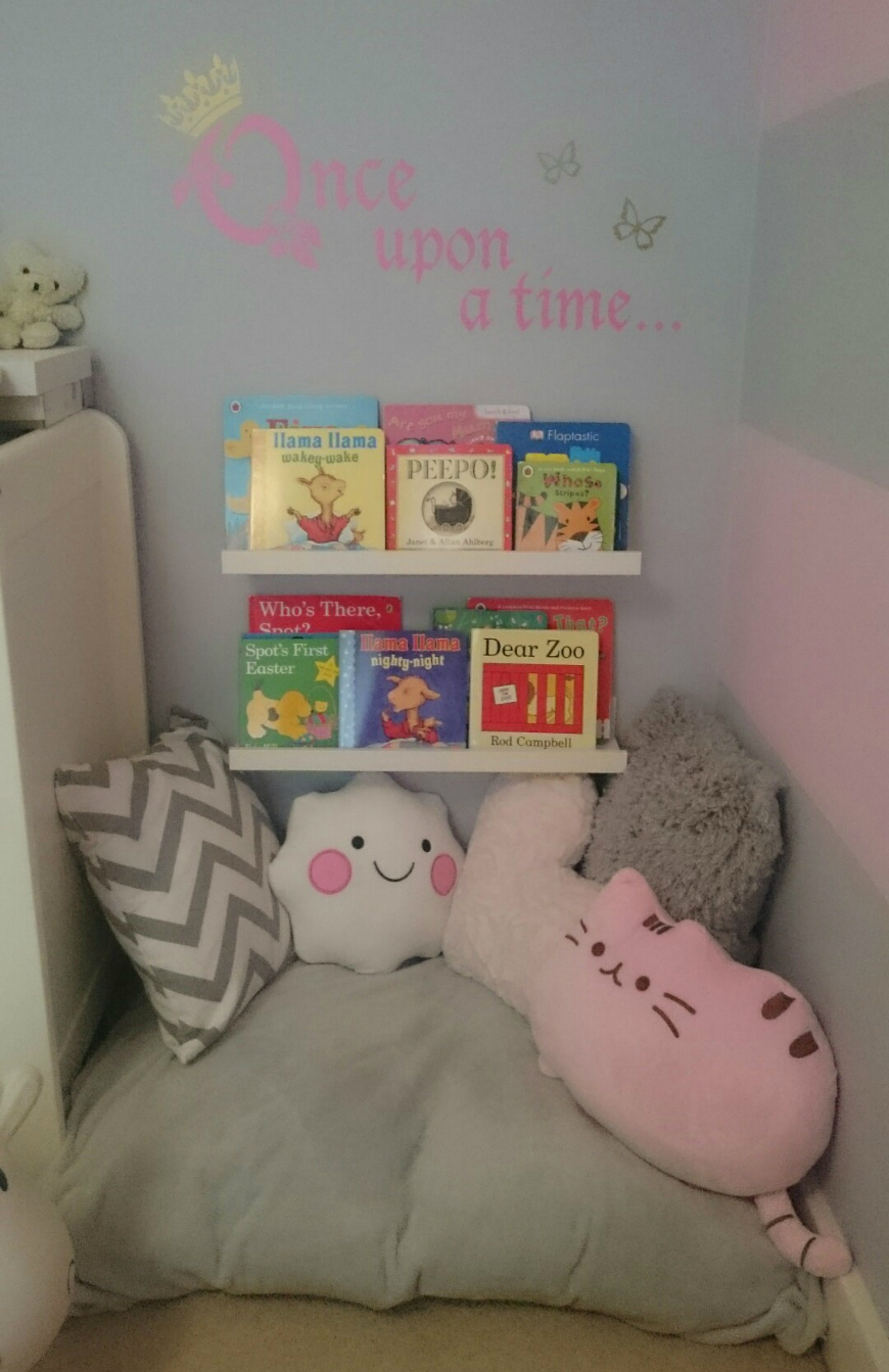 Incredible Reading Nooks For Kids That All Family Will Love ➤ Discover the season's newest designs and inspirations for your kids. Visit us at www.kidsbedroomideas.eu #KidsBedroomIdeas #KidsBedrooms #KidsBedroomDesigns @KidsBedroomBlog reading nooks for kids Incredible Reading Nooks For Kids That All Family Will Love Incredible Reading Nooks For Kids That All Family Will Love 4