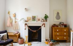 Décor Trends 2017: Check These Awesome Kids Bedroom Fireplace Ideas ➤ Discover the season's newest designs and inspirations for your kids. Visit us at www.circu.net/blog/ #KidsBedroomIdeas #CircuBlog #MagicalFurniture @CircuBlog