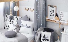 Kids Bedroom Ideas: Natural Wood Decor Ideas to Inspire You ➤ Discover the season's newest designs and inspirations for your kids. Visit us at www.kidsbedroomideas.eu #KidsBedroomIdeas #KidsBedrooms #KidsBedroomDesigns @KidsBedroomBlog
