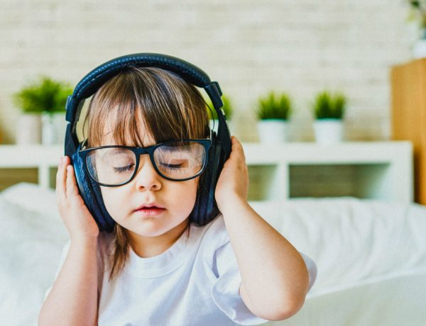 Spotify Playlists for Kids Check Out The Best Spotify Playlists for Kids For Every Occasion Currantly Kids Albums By Indie Rockers 1x1k 600x460