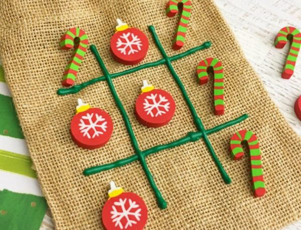 7 DIY Christmas Games to Entertain the Kids All night